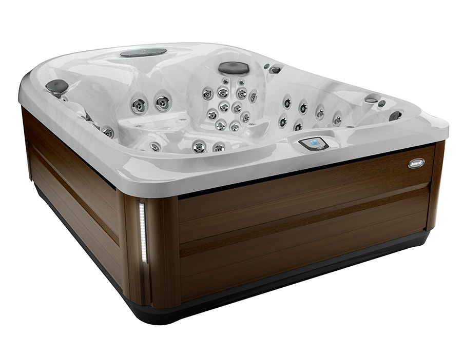 jacuzzi J-495 in Langford, BC