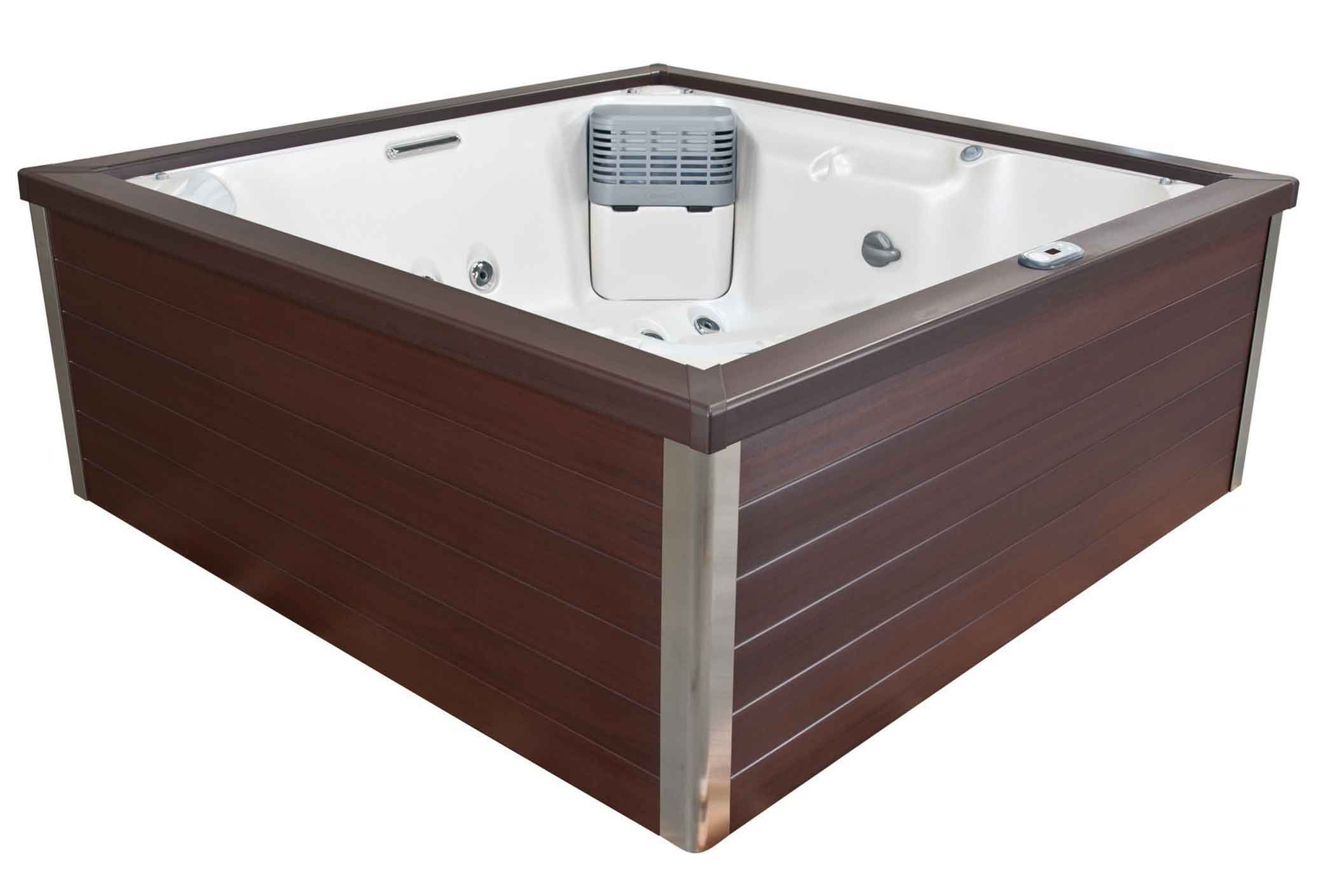 jacuzzi J-LXL in Langford, BC