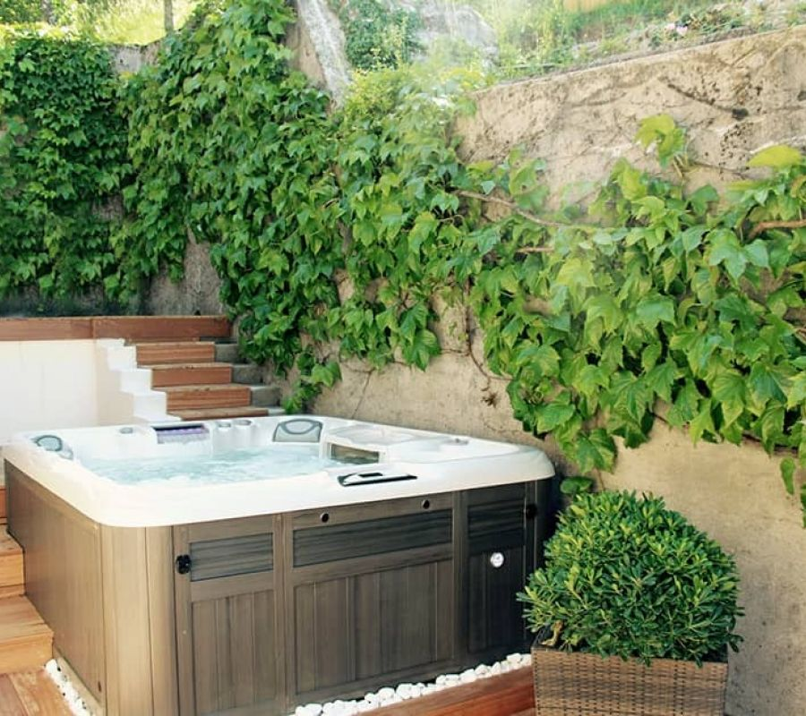 HOT TUBS IN VICTORIA AND LANGFORD