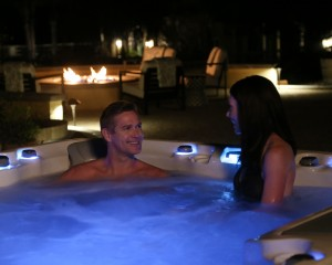 Steps to Planning the Perfect Hot Tub Date Night