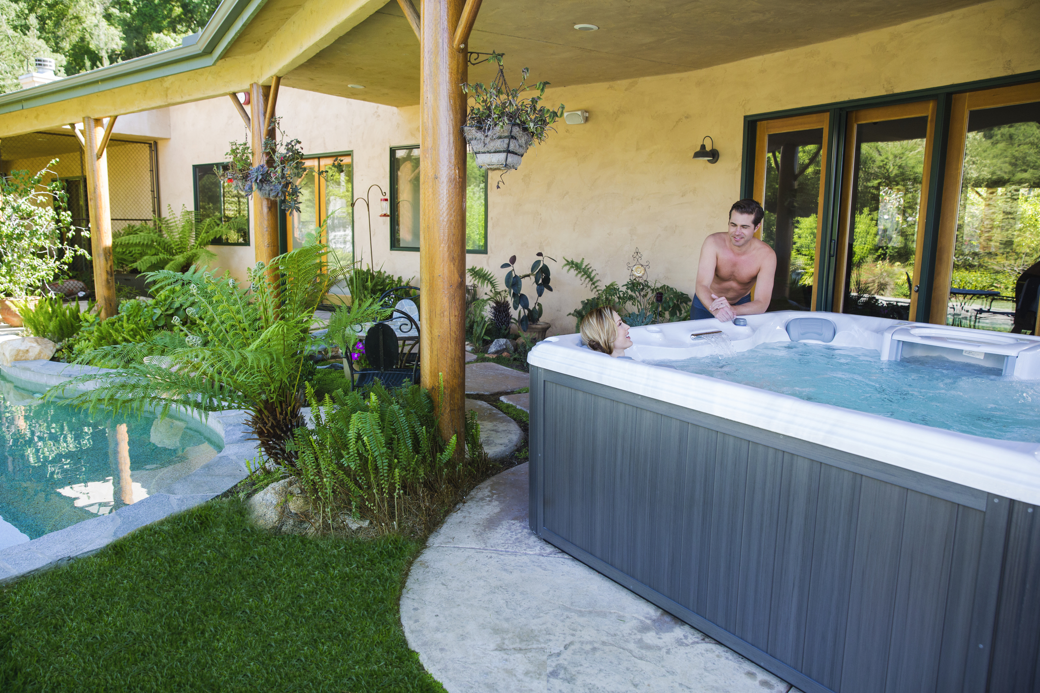 How Long Should I Stay Inside a Hot Tub For?